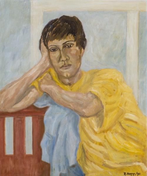 Portrait gelbe Bluse
